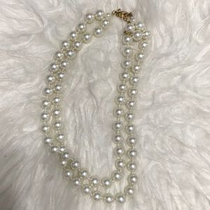 Chocker pearl necklace
